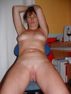 UK Amateur Milf Donna