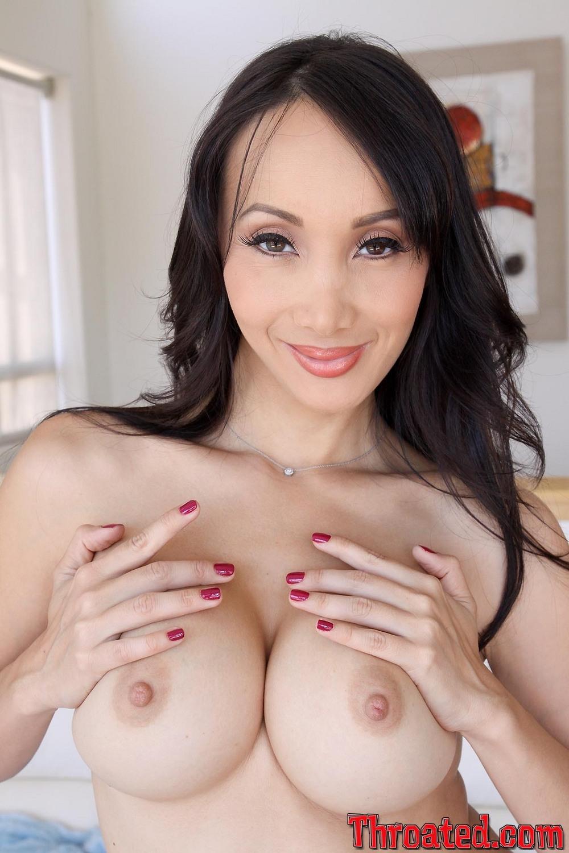 Deep throat porn photo