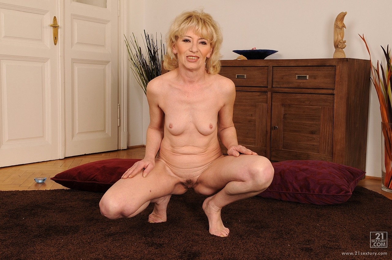 WoW tgp old tits nude videos