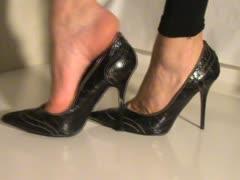 feet-sweet-in-shoes