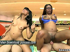 hammer-bella-and-jayla-girls-have-huge-ass