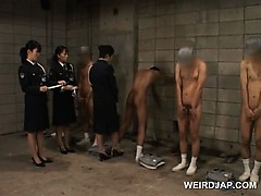 dirty-asian-police-women-sex-teasing-their-male-convicts