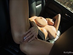 kelly-madisons-big-tits-go-for-a-road-trip