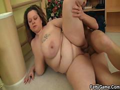 chubby-bitch-fucks-her-fitness-instructor
