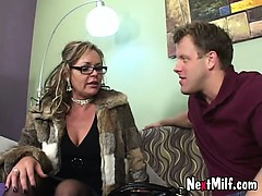 classy-mom-janice-and-how-she-fucks-a-guy