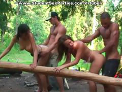 hot-outdoor-fucking-at-barbeque-student-party