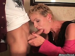 nasty-and-horny-blonde-mature-slut-looks-pretty-hot-for-her
