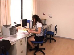 cute-japanese-office-girl-anjie-esuwan-gets-her-pussy