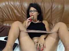 hot-mature-babe-dildos-ass-and-rubs-her-pussy