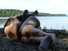homemade-sex-tape-at-the-beach