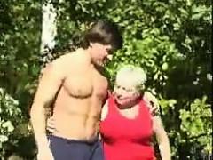russian step mother banged outside – تمارس الجنس مع ابنها تصوير منزلي نيك
