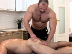 straight-bear-gets-rubbed-by-buff-masseur