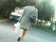 milf-in-heels-walking-home