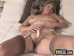 sweet granny masturbating granny sex movies