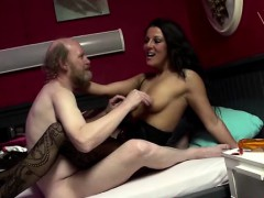 euro-whore-gets-cumshot-from-oldy