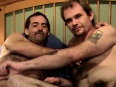 bear-straight-mature-gay-blow-each-other