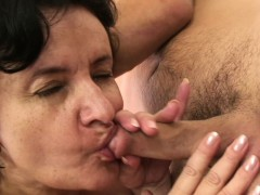 granny-tourist-is-picked-up-and-fucked