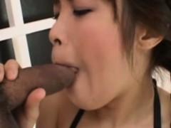 cum-swallower-japanese-gives-head