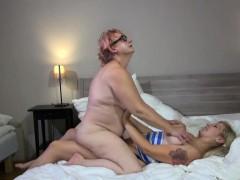 granny-lesbian-sex