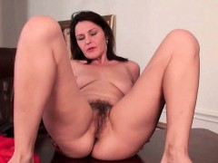 mature-milf-works-her-hairy-pussy