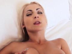 busty backdoor loving blonde penetrated at home – يدخل زبه في طيزها اكبر زبر في العالم ينيك الطيز
