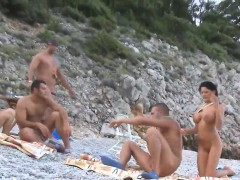 babes-fuck-in-beach-game