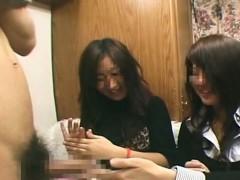 subtitled-cfnm-japanese-amateurs-hokey-handjob-duo