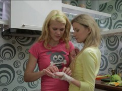 golden-haired-teenage-girls-making-out-in-the-kitchen