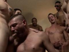 Hot Gay Scene Bareback For The Bear