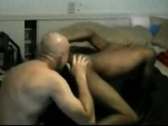 older-guy-sucking-and-getting-fucked-by-black-twink