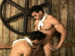 young-muscle-cowboys-fucking-wild-in-the-hay