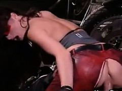 biker-chick-in-leather-wants-his-cock