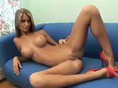 skinny blonde russian babe teasing her body – سكس نيك روسي