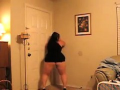 fat-woman-dances-and-teases-her-booty