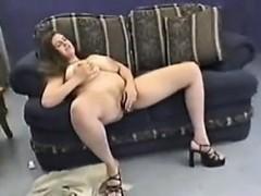 bbw-with-big-tits-from-britain-masturbating