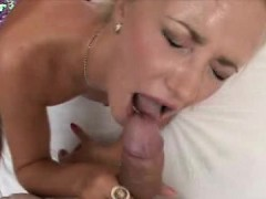 euro-babe-threesome-and-cumshots