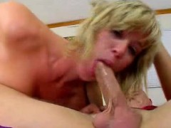 woman gets her mouth full of cum