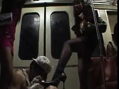 feet-worshipping-during-a-subway-ride