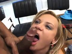 julia-does-a-good-job