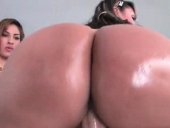 big-ass-sluts-taking-massive-dick-in-3some
