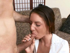 cute-coed-taylor-mae-is-getting-banged-by-an-older-guy