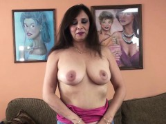 busty-milf-alesia-pleasure-is-blowing-a-guy-she-just-met