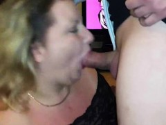 Amateur Chubby MILF Blowjob and Swallowing
