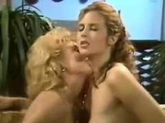 lesbians-making-love-on-the-couch-classic