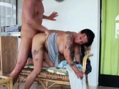 german mother bangs 18yr old step-son 2 times in sextape – تمارس الجنس مع ابنها تصوير منزلي نيك