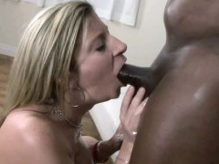 mature-slut-sara-jay-gets-pounded-with-some-black-dick