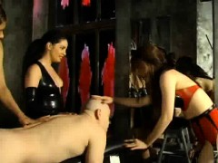 three-dominatrix-one-slave