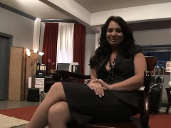 holly-west-is-a-whore-for-anal-sex-she-has-sex-with-a