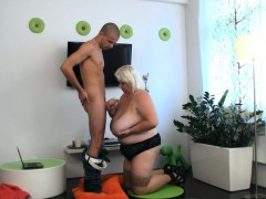 big-tits-blonde-plumper-therapy