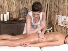 erotic-lesbian-massage-with-european-models